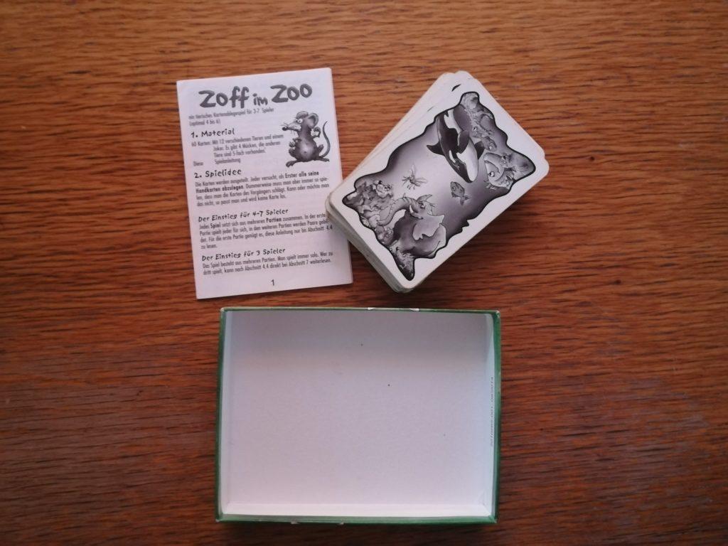 Der Packungsinhalt von Zoff im Zoo ist überschaubar.